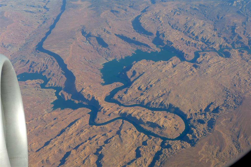 647 Arizona from plane.jpg