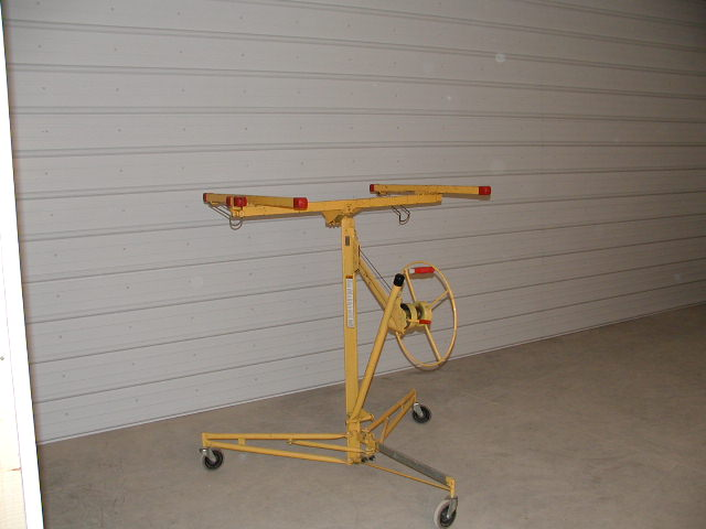 We used this for lifting the dry wall and steel into place. What a work saver!!!.JPG