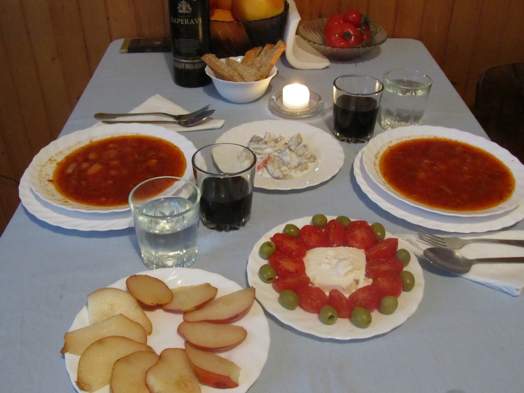 borsch, toast, herring in cream, tomatoes & olives, and pears