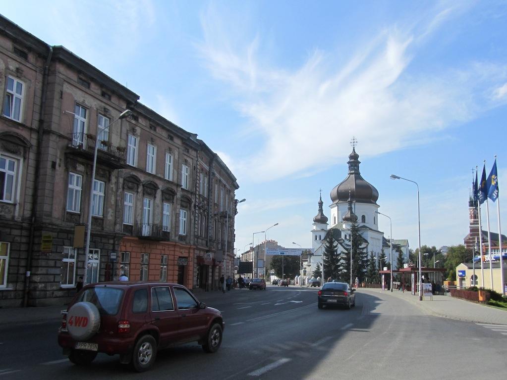 a view up Grunwaldzka street, where Rauchers once lived