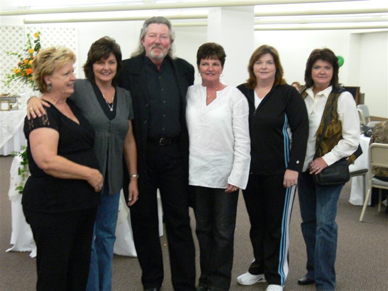 Carolyn, Rhonda, Joe, Kathy, Lisa & Pam