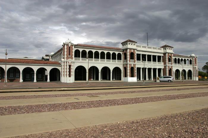Casa del Desierto Harvey House.