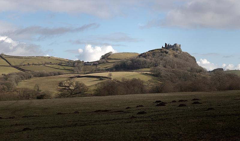 Carreg Cennen Castle pano