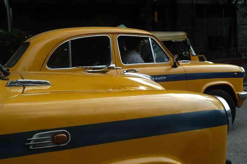 DSC 28205 ambassador cars.JPG