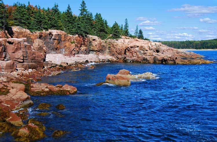 Maines Beautiful Rocky Coastline