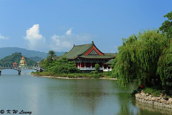 Lotus Pond DSC_0010
