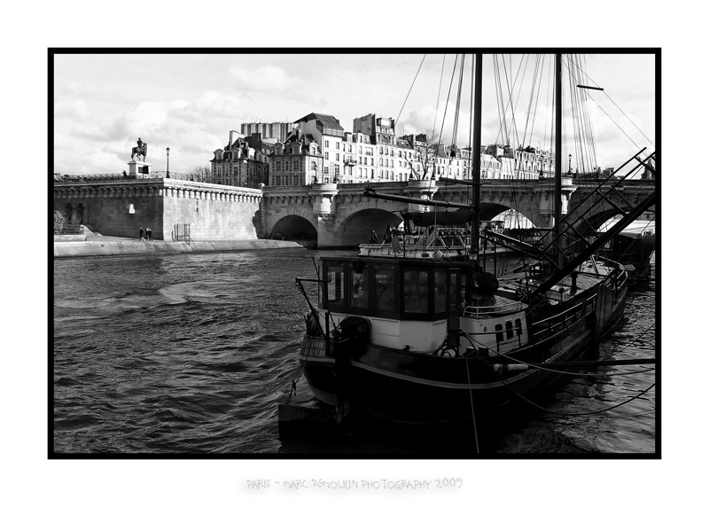 Boats and Pont Neuf
