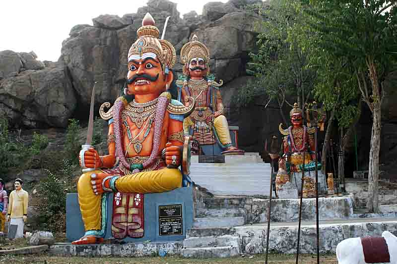 Huge Karuppusami statues at a temple in Mallur near Salem. http://www.blurb.com/books/3782738