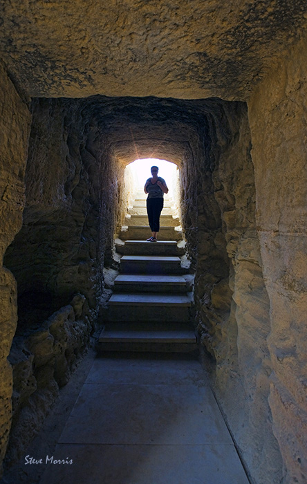 Looking into the Tomb of Kings