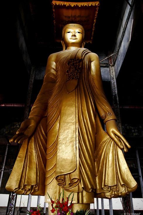 Buddha (Mandalay Hill)