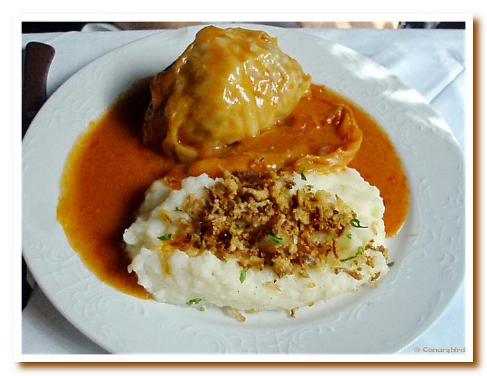 Cabbage Roll & Potato Puré.jpg