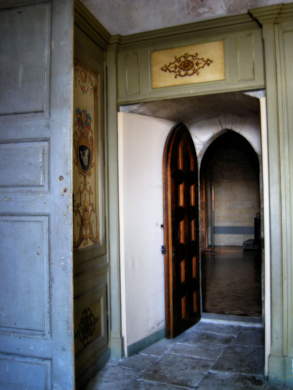 Through the empty rooms...