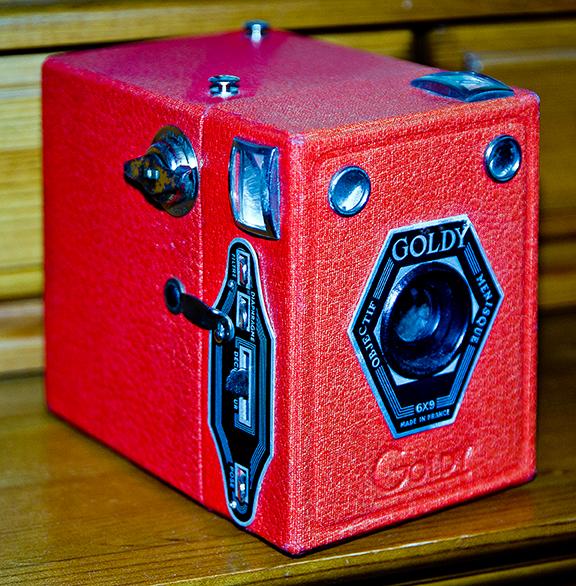 Goldy-Red-Box-Camera-edits-web-9609.jpg