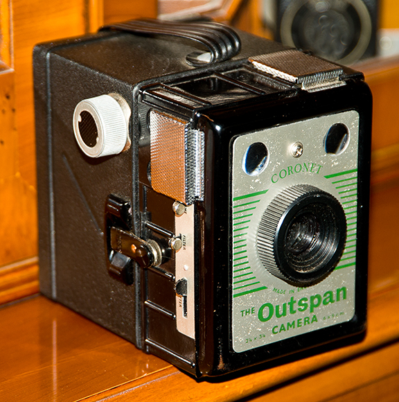 Coronet-Outspan-Box-Camera-image-1-web less res.jpg