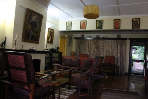 3340 Elsamere at Naivasha.jpg
