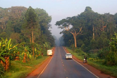 4068 Road to Kampala.jpg