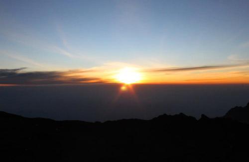 6063 Sunrise on Kili Summit.jpg