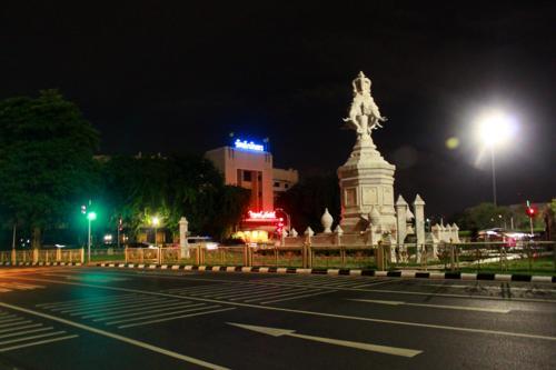 0946 Royal Hotel Bangkok.jpg