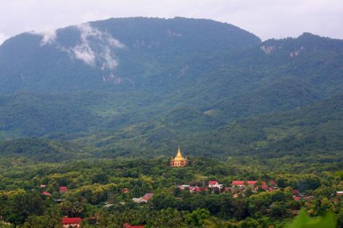1751 Temple Luang Prabang.jpg
