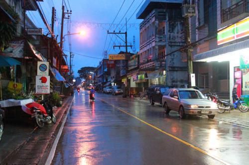 1490 Chiang Kong main street.jpg