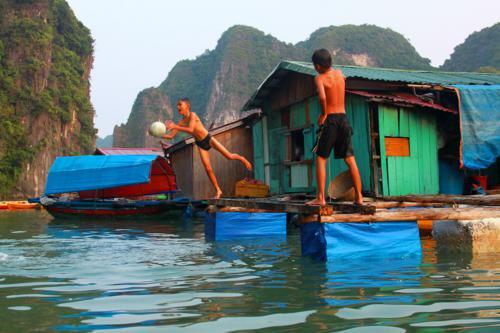 2299 Kids Floating Islands.jpg