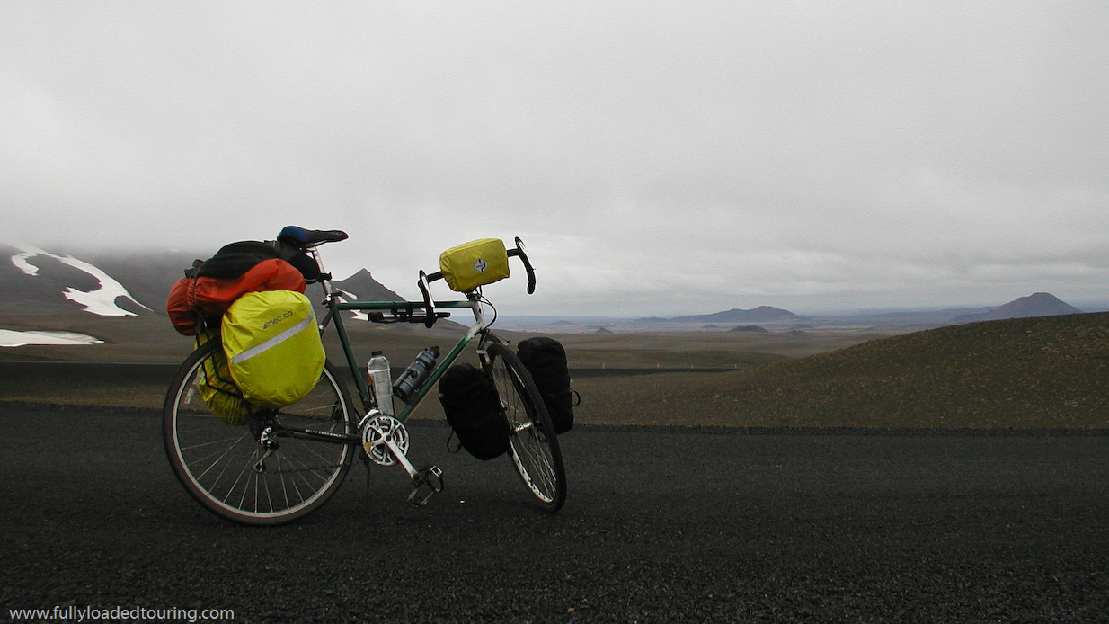 319   Mathieu - Touring Iceland - Specialized Crossroads touring bike