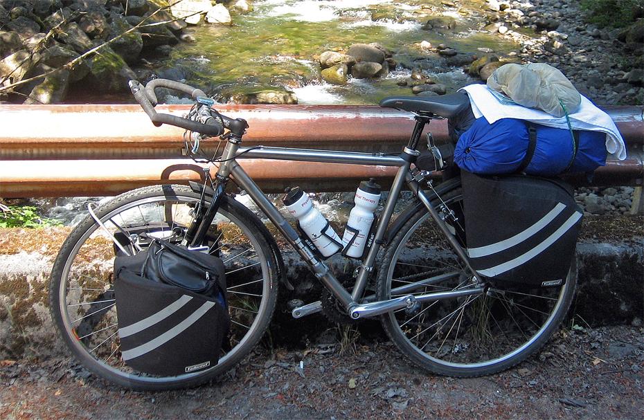 220  Larry - Touring Oregon - Dean Torreys touring bike