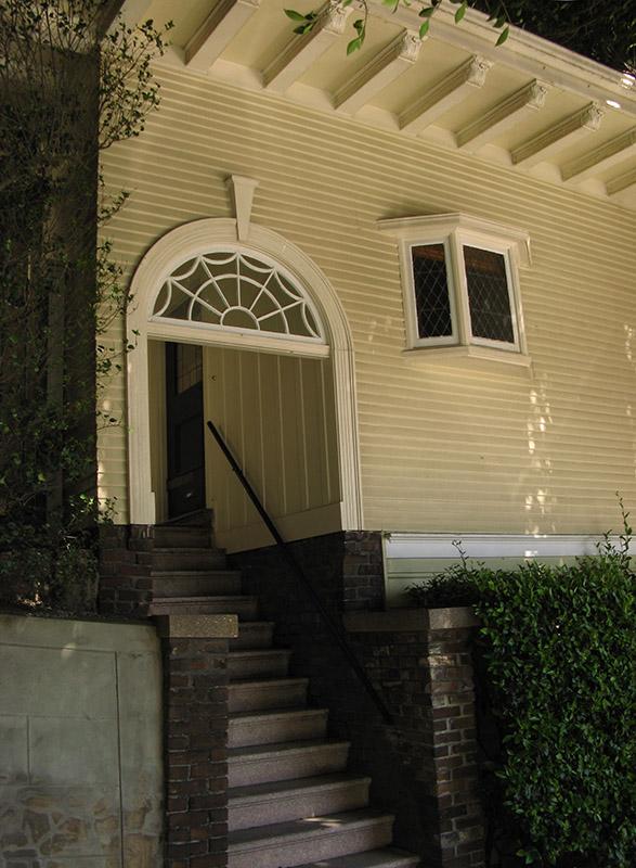 Doorway on Hyde Street<br />2568.jpg