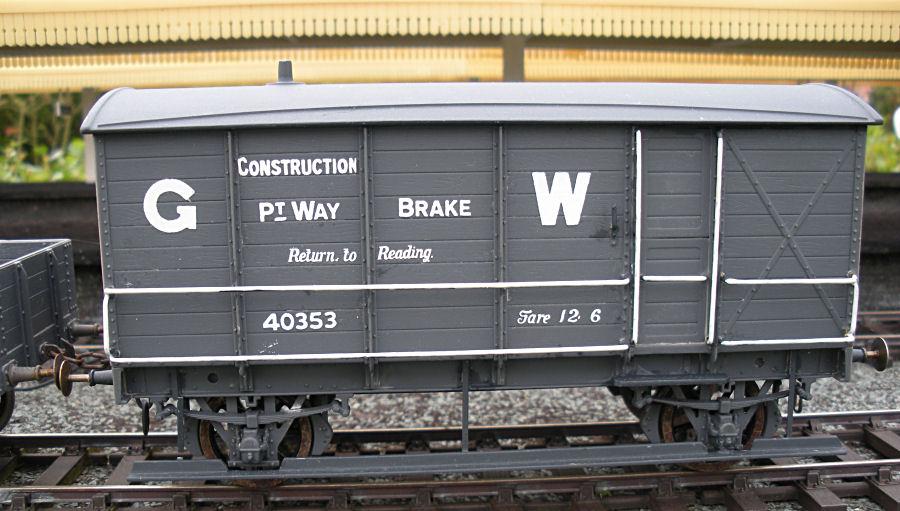 40353 Permanent Way Brakevan.