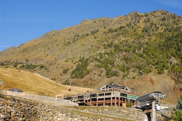Comallempla ski lift station, Arinsal