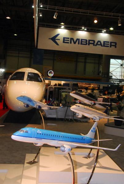 Embraer booth, Dubai Airshow 2007