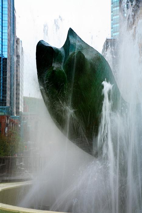 Montréal, adult fountain