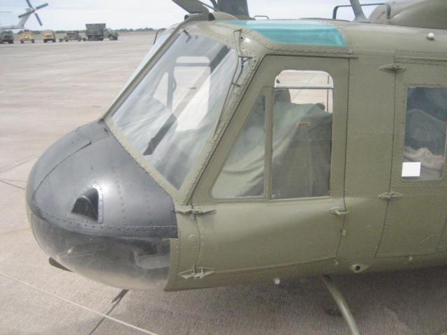 UH-1H co pilot door