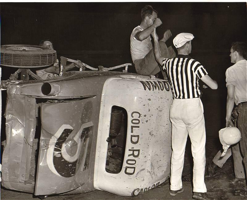 Ray Davenport  in Tony Formosas first race car.
