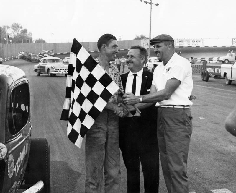 1961  Victory lane with Nashville Mayor Beverly Briley