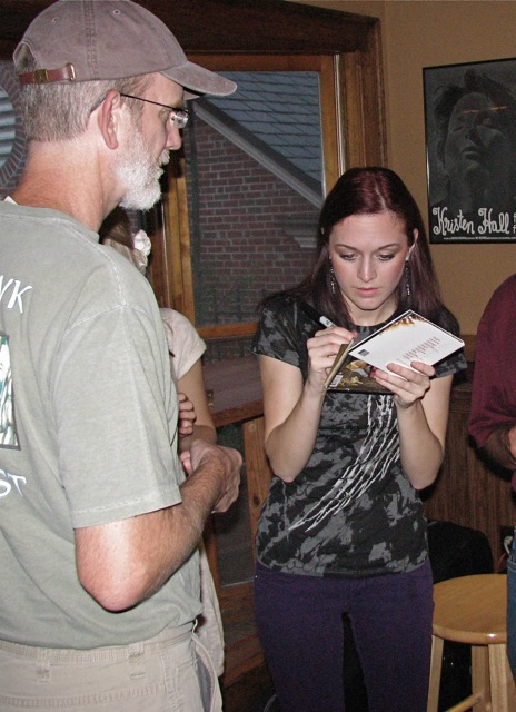 Rebecca Lovell Signs A CD