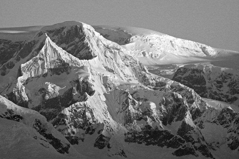 Antarctic-Mountain-I.jpg