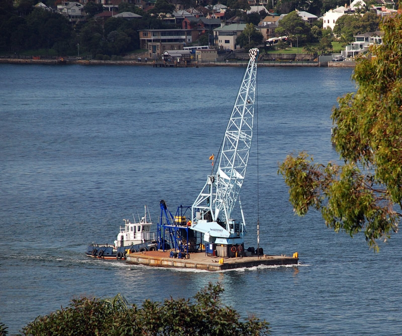 Sydney Harbour floating crane  tug sm 1.JPG