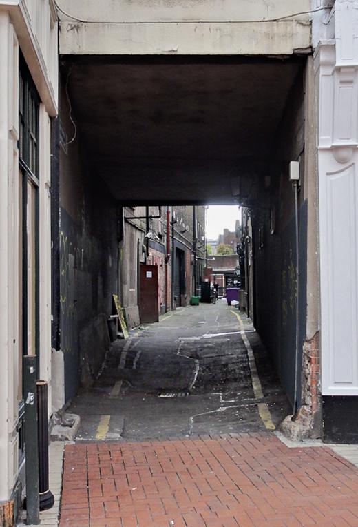 An alley off Grafton Street.