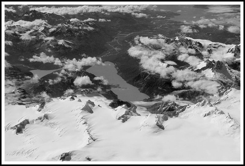 Patagonia: Cerro Haydes and Lago Leones