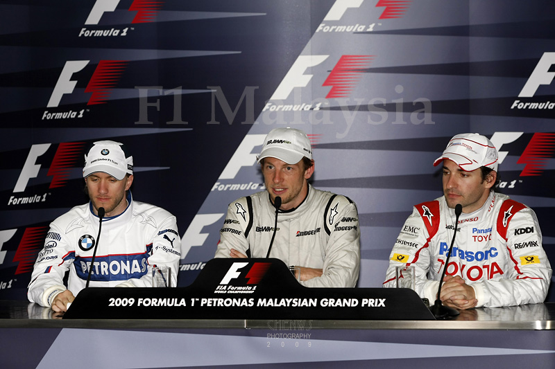 Media conference for race winners