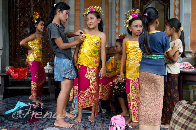 Students of the village dance troupe prepares to perform _MG_2988.jpg