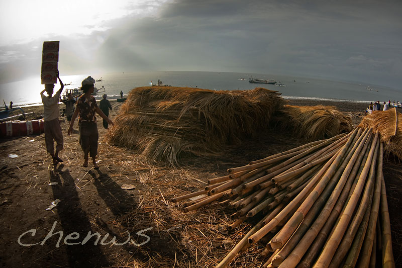 Goods to be ferried from Bali to nearby island _CWS7169.jpg