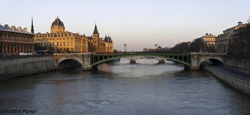 Pont Notre Dame et Conciergerie
