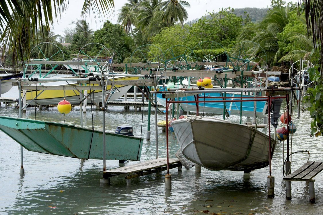 0582 Typical Bora Bora