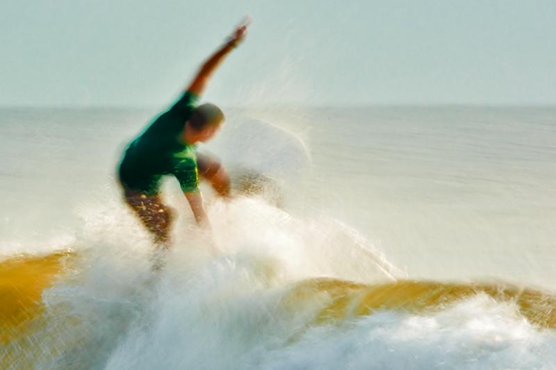 Surfing Blur