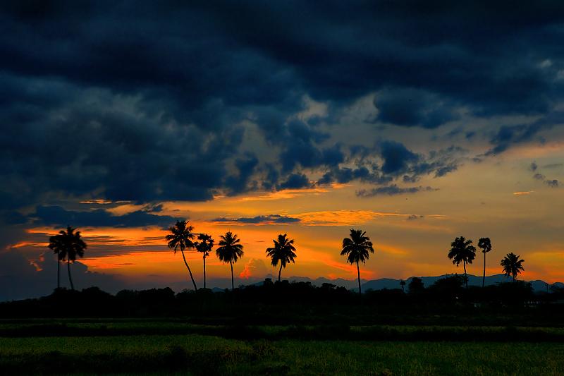 Sunset leaving Mangulam