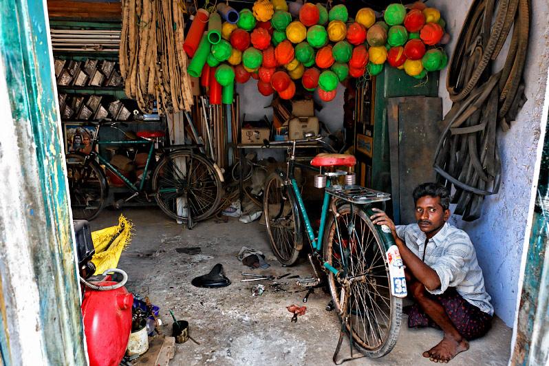 The local cycle repairman