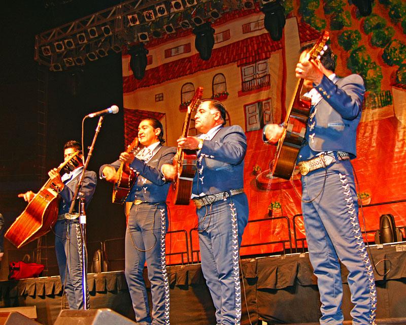 Mariachi Los Arrieros -2009 - 07.jpg