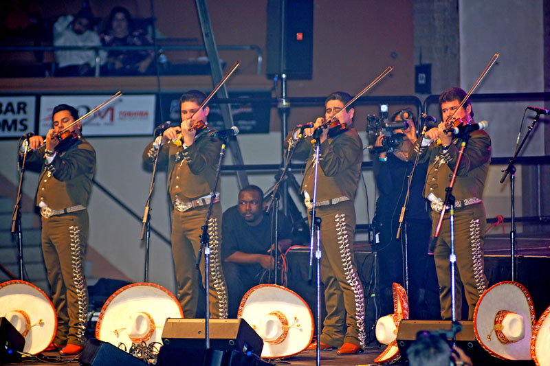 Mariachi Los Camperos - 06.jpg
